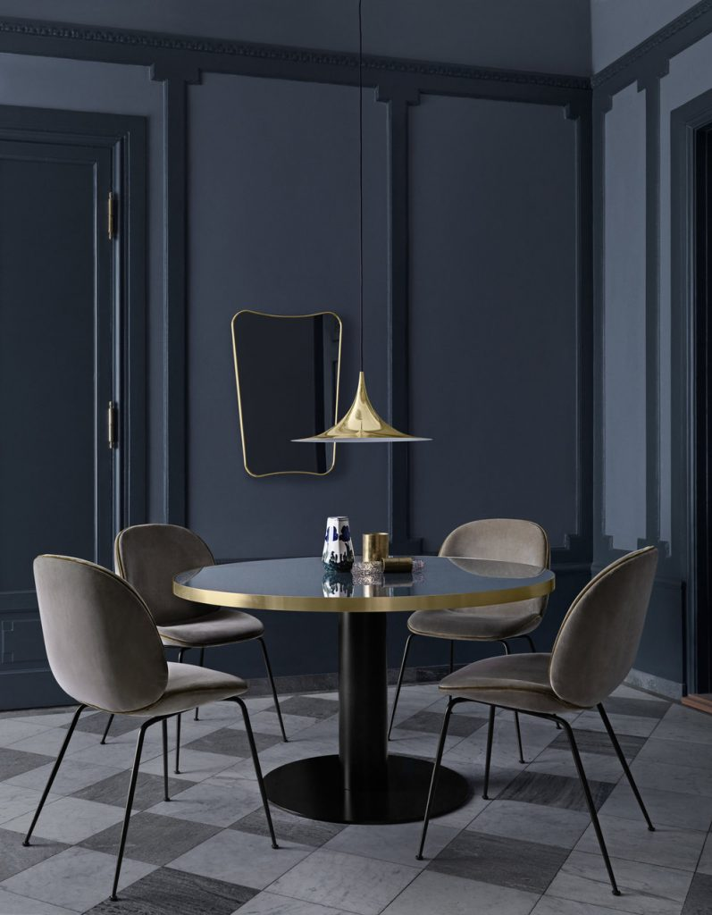 Beetle_Chair_Gubi_Table_